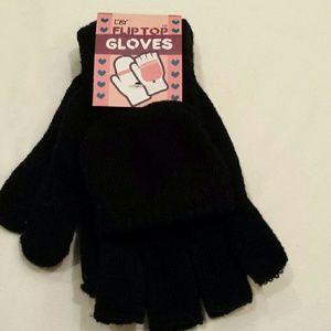 NWT Gloves Flip Bottom Black